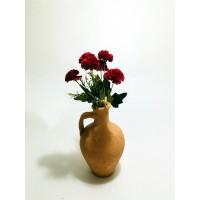 Kırmızı Karanfil Dolgun Çiçekli Kulplu Testi Vazo