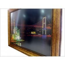 Kaliteli Ortaköy İstanbul Boğazında Gece Ledli Işıklı Kalın Ahşap Çerçeve Cam Muhafazalı Pano Tablo